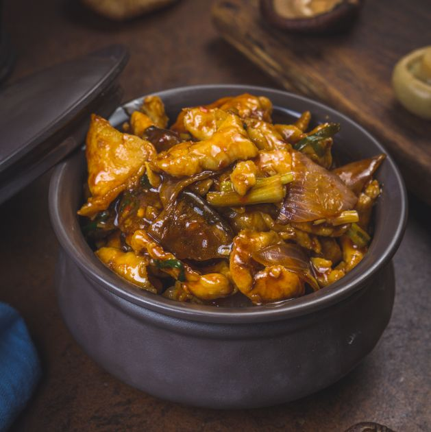 Clay Pot Braised With Mushroom